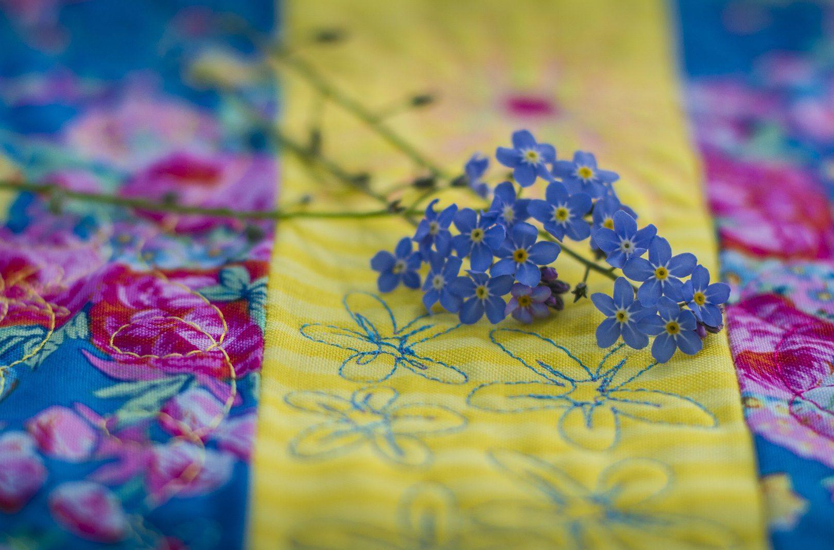 May Flower Line Design